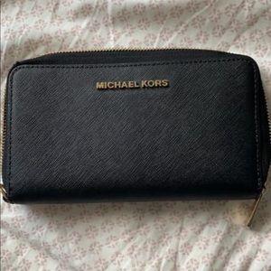Handbags - Michael Kors Wallet